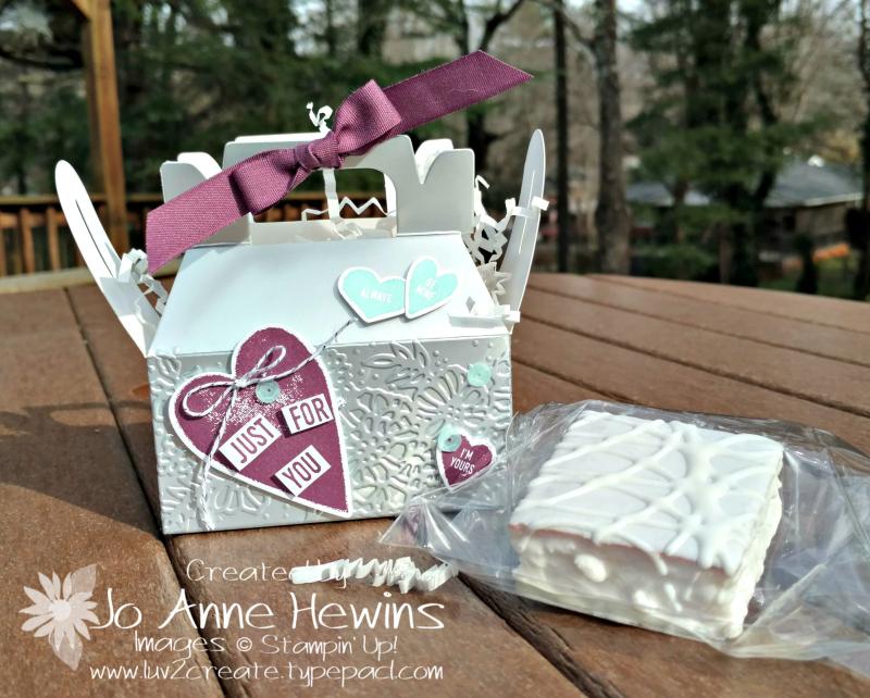 Silver Mini Gable Box with treat