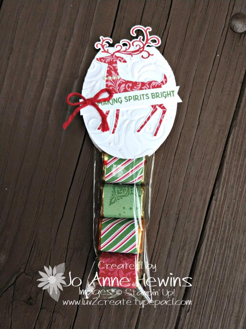 Dashing Deer nugget treat holder by Jo Anne Hewins